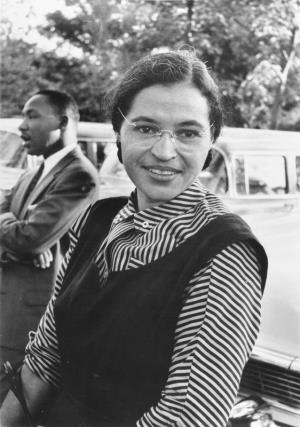 Rosa Parks et Martin Luther King.<br>Photo : USIA / U.S. Information Agency Record Group 306.